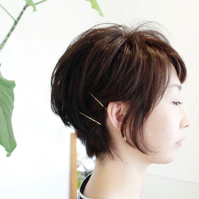 結構重たくて、癖がある髪質の.リピーターのお客様。·軽くて、再現しやすい髪型にと言うことで·ハンドブローで再現できる形に。·カラーもグレージュに少しだけ·アッシュを足しました·#富士宮美容室#富士宮美容院#富士宮#美容院#美容室#フェリーチェヘア#ヘア#ショートカット#癖を活かす#グレージュ#アッシュ#ヘアカラーアッシュ#felicehair